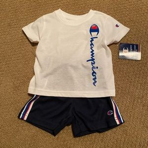 Champion 2 piece boys outfit. Size 18 mons. NWT